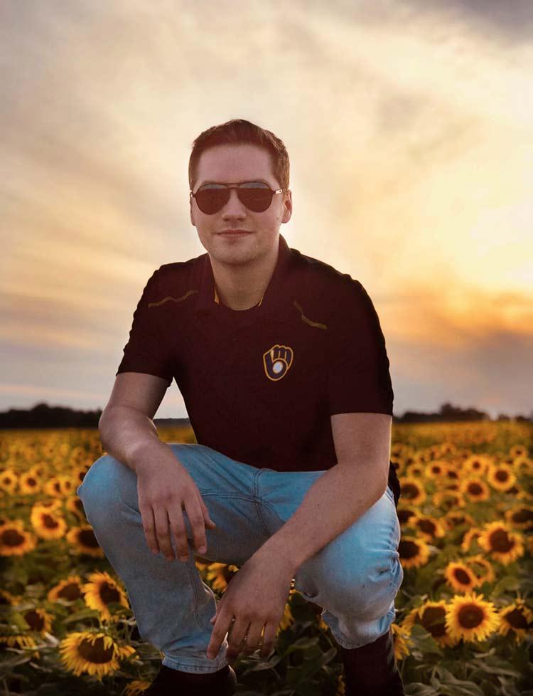Nick Arndt,nick art,fox valley web design,green bay photographers,wisconsin sunflowers