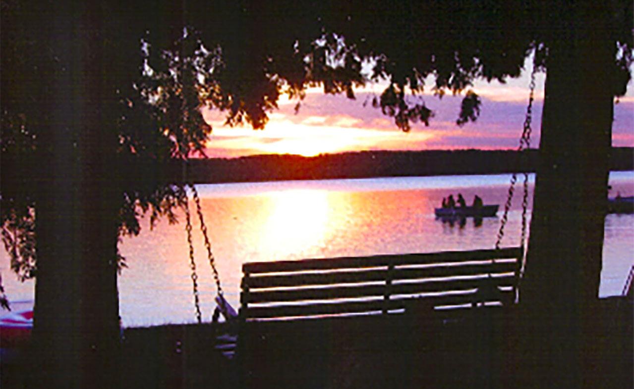 kangaroo lake,baileys harbor,wisconsin,sunset,eastshorewood cottages,door county lodging,cabin rentals